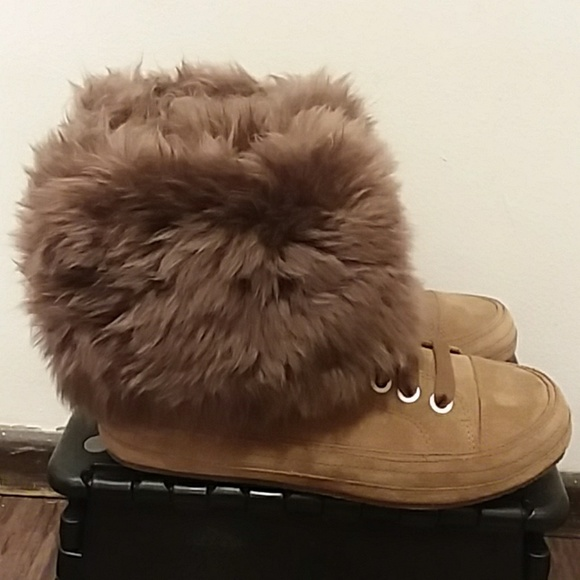 27953507c8a SALE! LOWEST! NWOB Ugg Antoine Fur Suede Shoes NWT